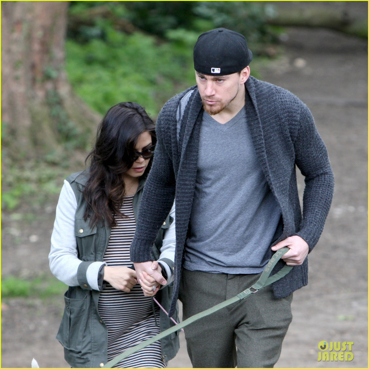 channing tatum pregnant jenna dewan london dog walk 022860567
