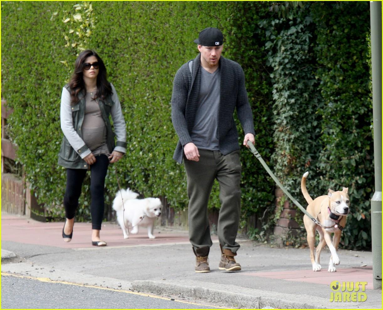 channing tatum pregnant jenna dewan london dog walk 052860570