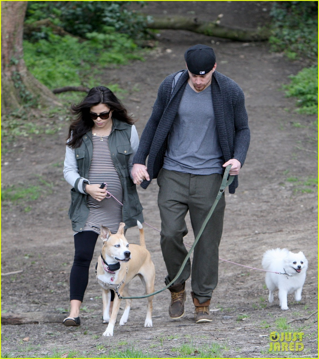 channing tatum pregnant jenna dewan london dog walk 122860577