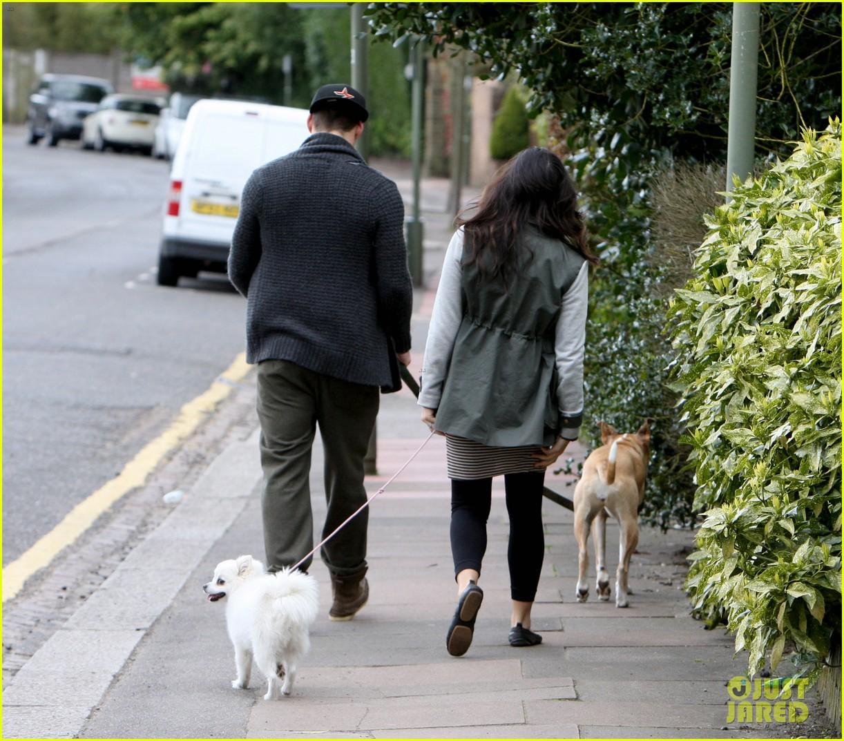channing tatum pregnant jenna dewan london dog walk 172860582