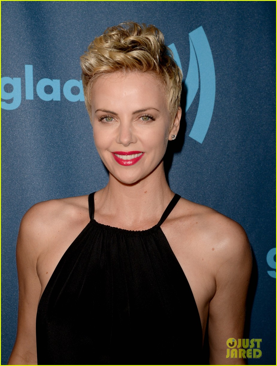 charlize theron glaad media awards 2013 red carpet 06