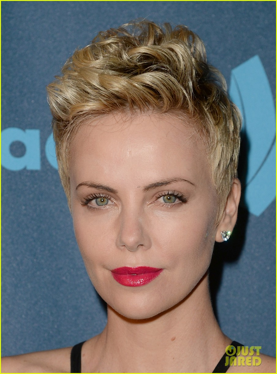charlize theron glaad media awards 2013 red carpet 092854468