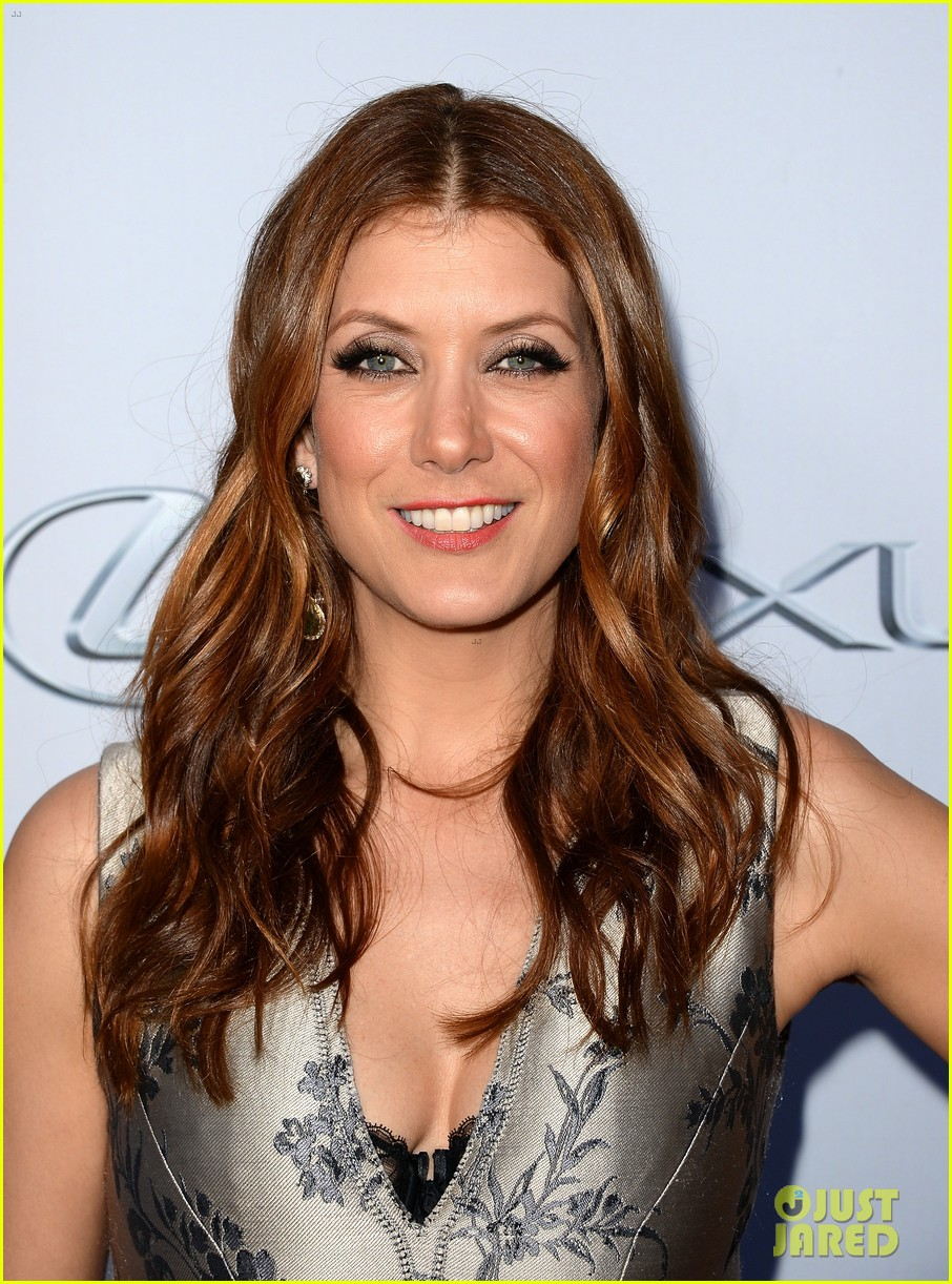 kate walsh ashley tisdale scary movie 5 premiere 042848068