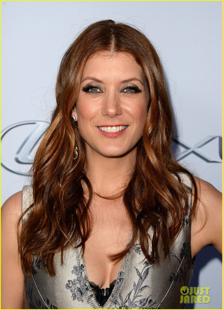 kate walsh ashley tisdale scary movie 5 premiere 112848075