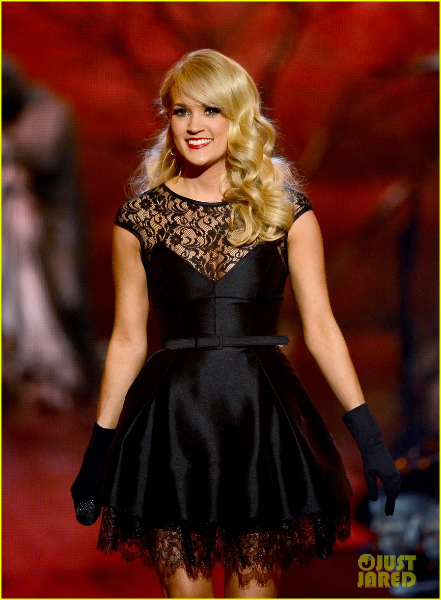 carrie underwood acm awards performance 2013 video 042845251