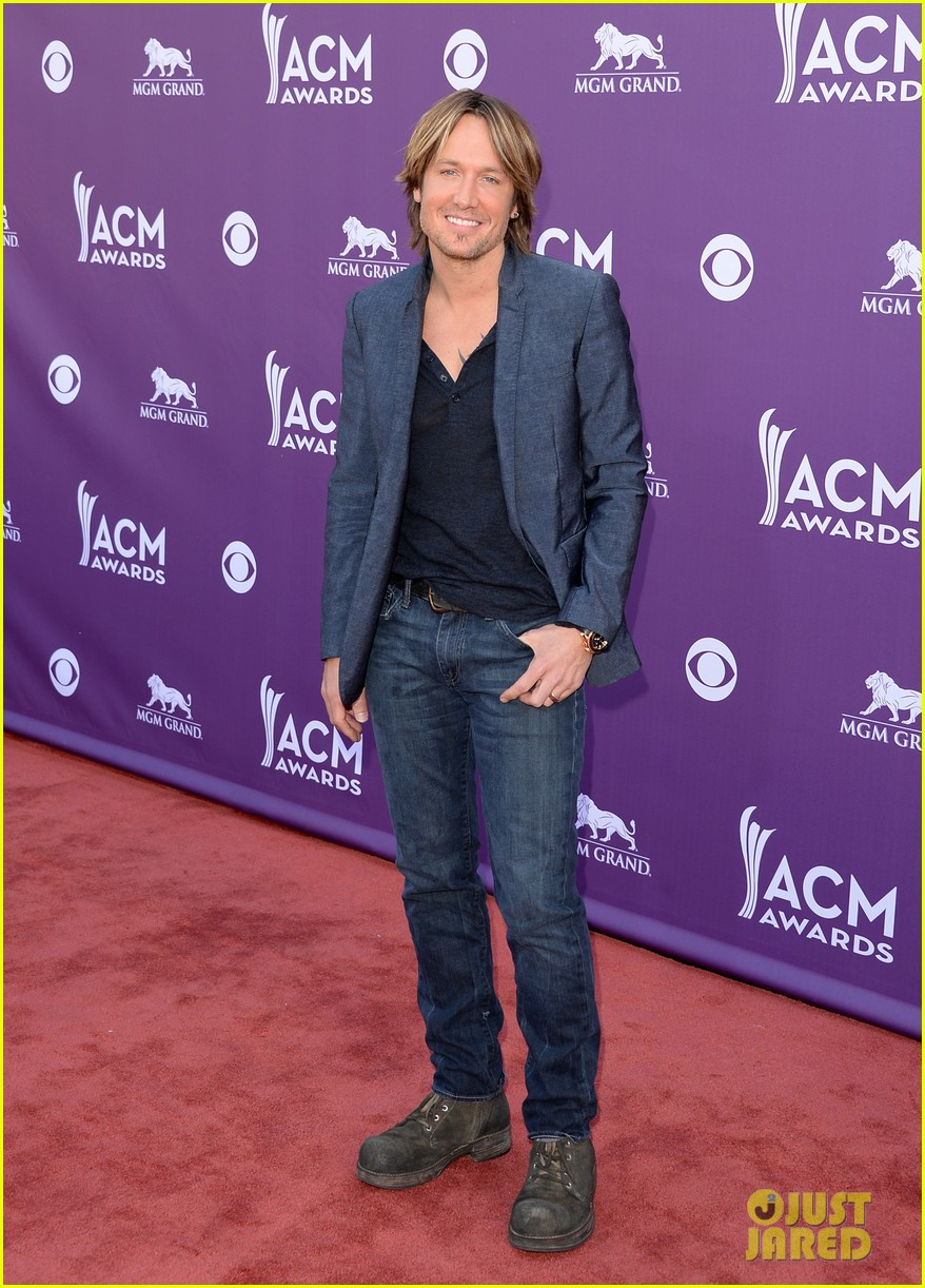 keith urban acm awards 2013 red carpet 022845135
