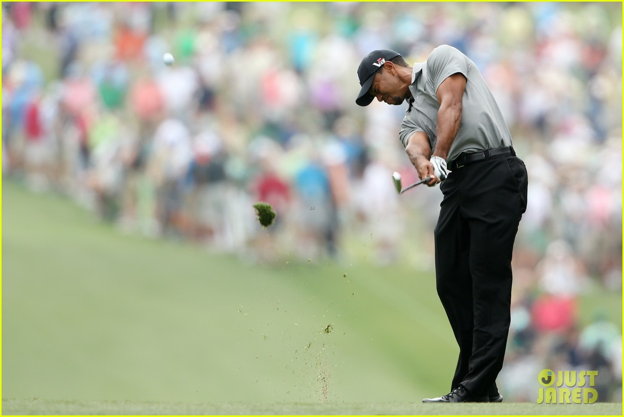 lindsey vonn cheers on tiger woods at masters tournament 182847894