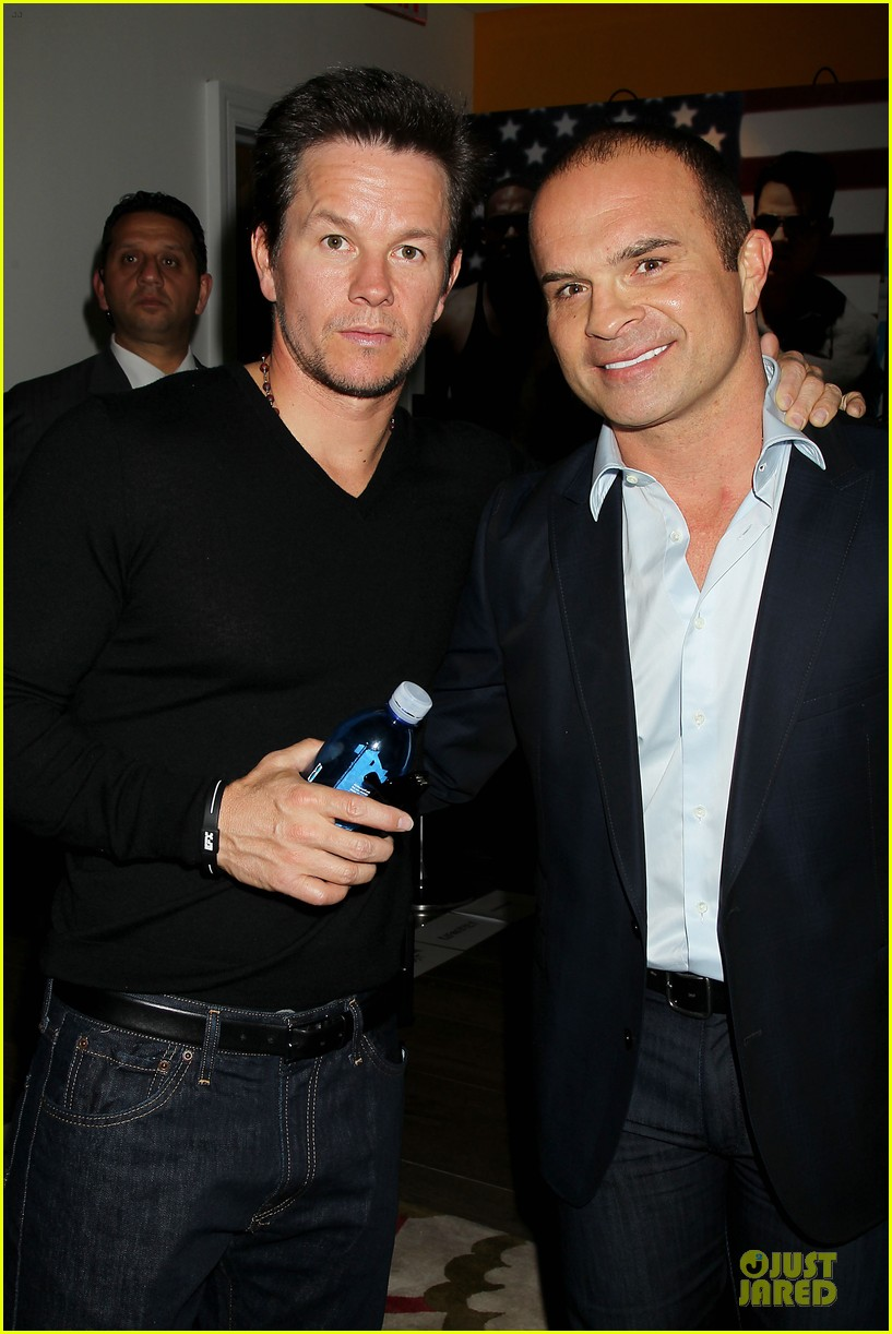 mark wahlberg peter facinelli pain and gain nyc screening 142851010