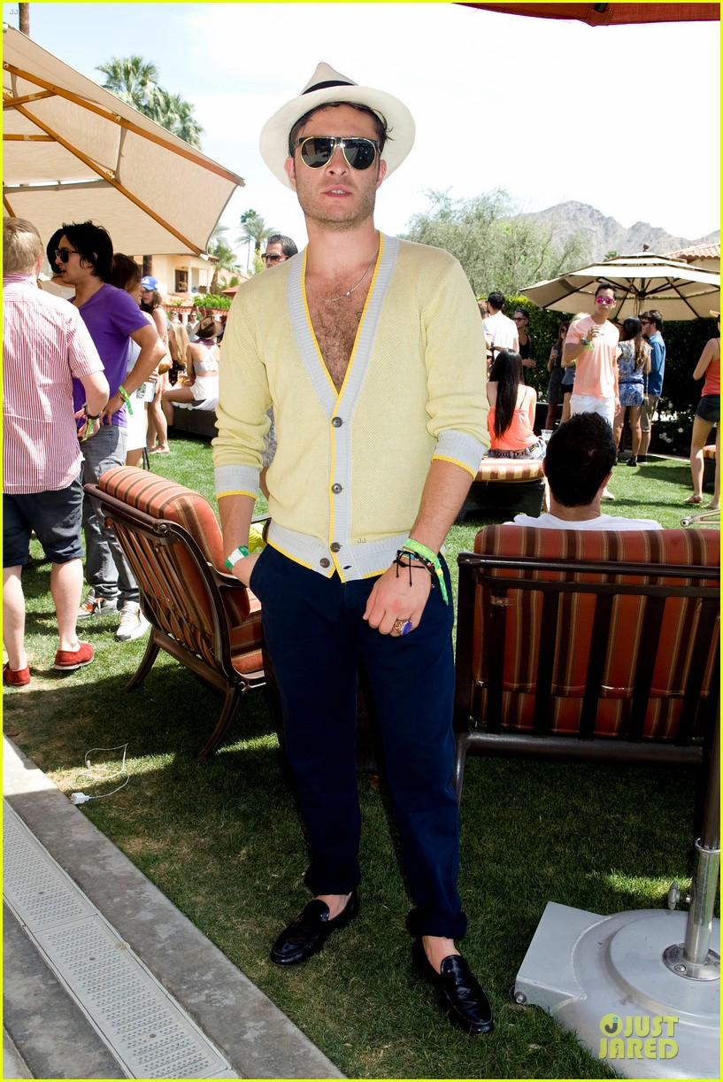 ed westwick jessica szohr just jared armani exchange music festival brunch 04