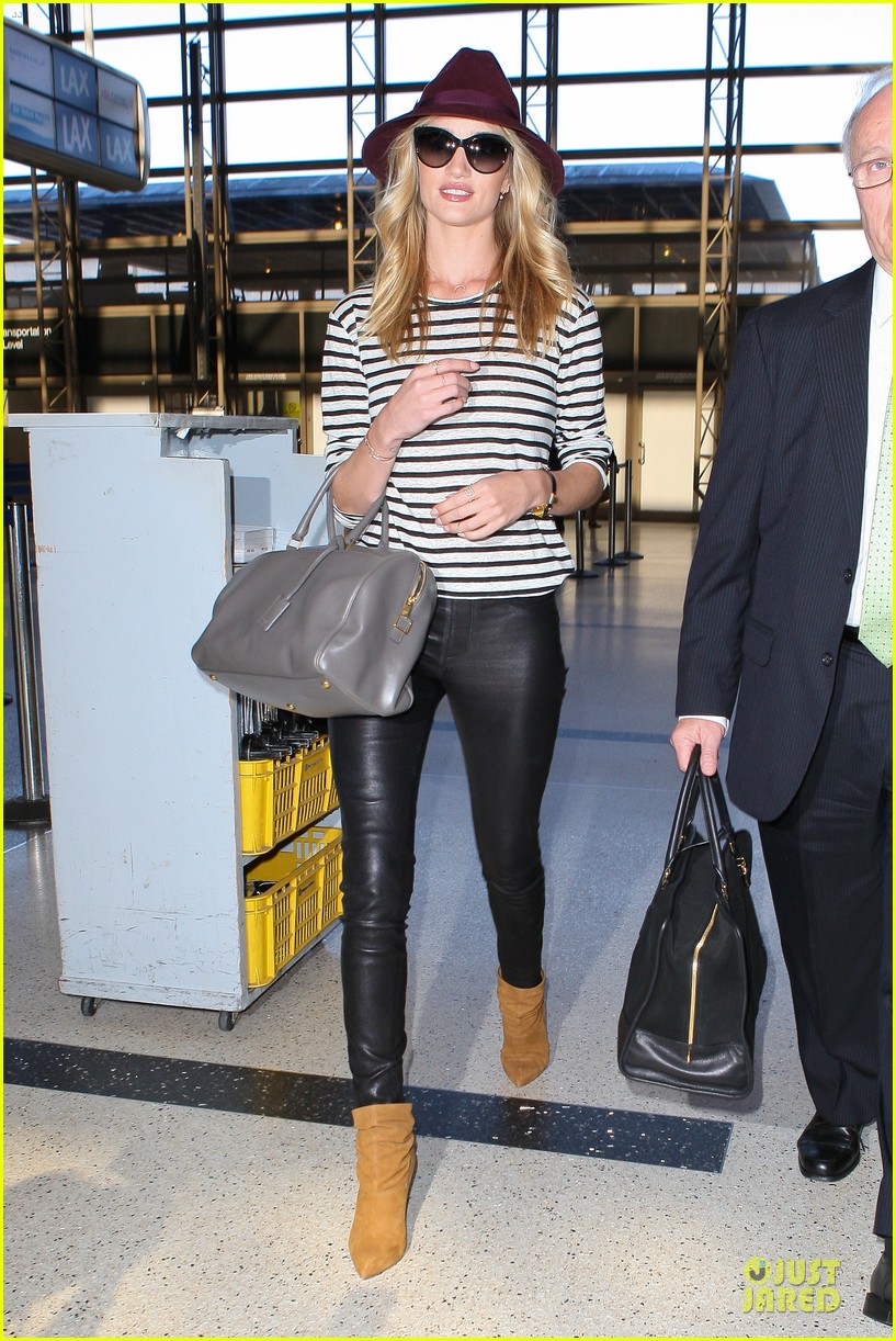 rosie huntington whiteley lax arrival after new orleans trip 06