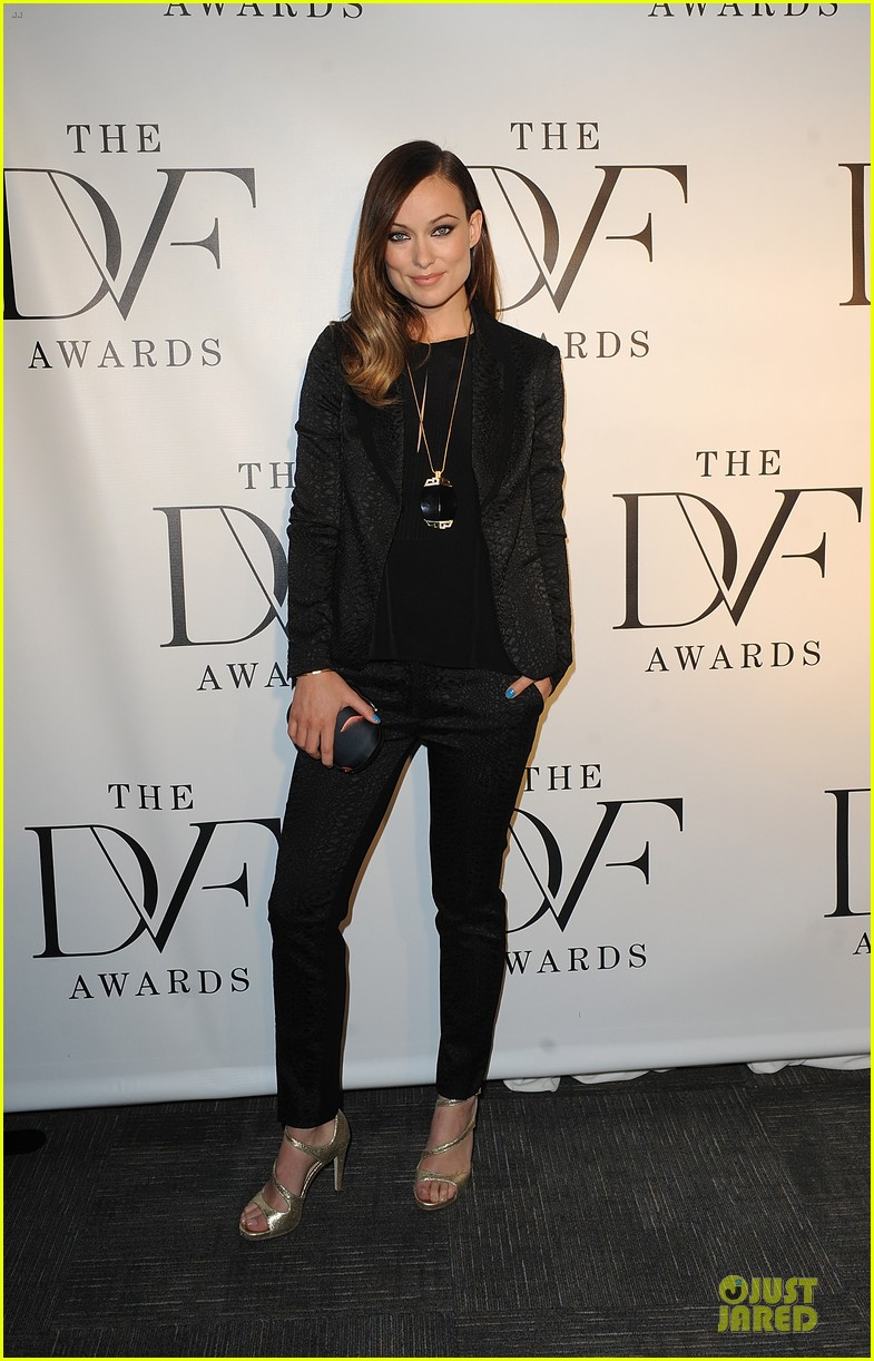 olivia wilde dvf awards with gabby douglas 07