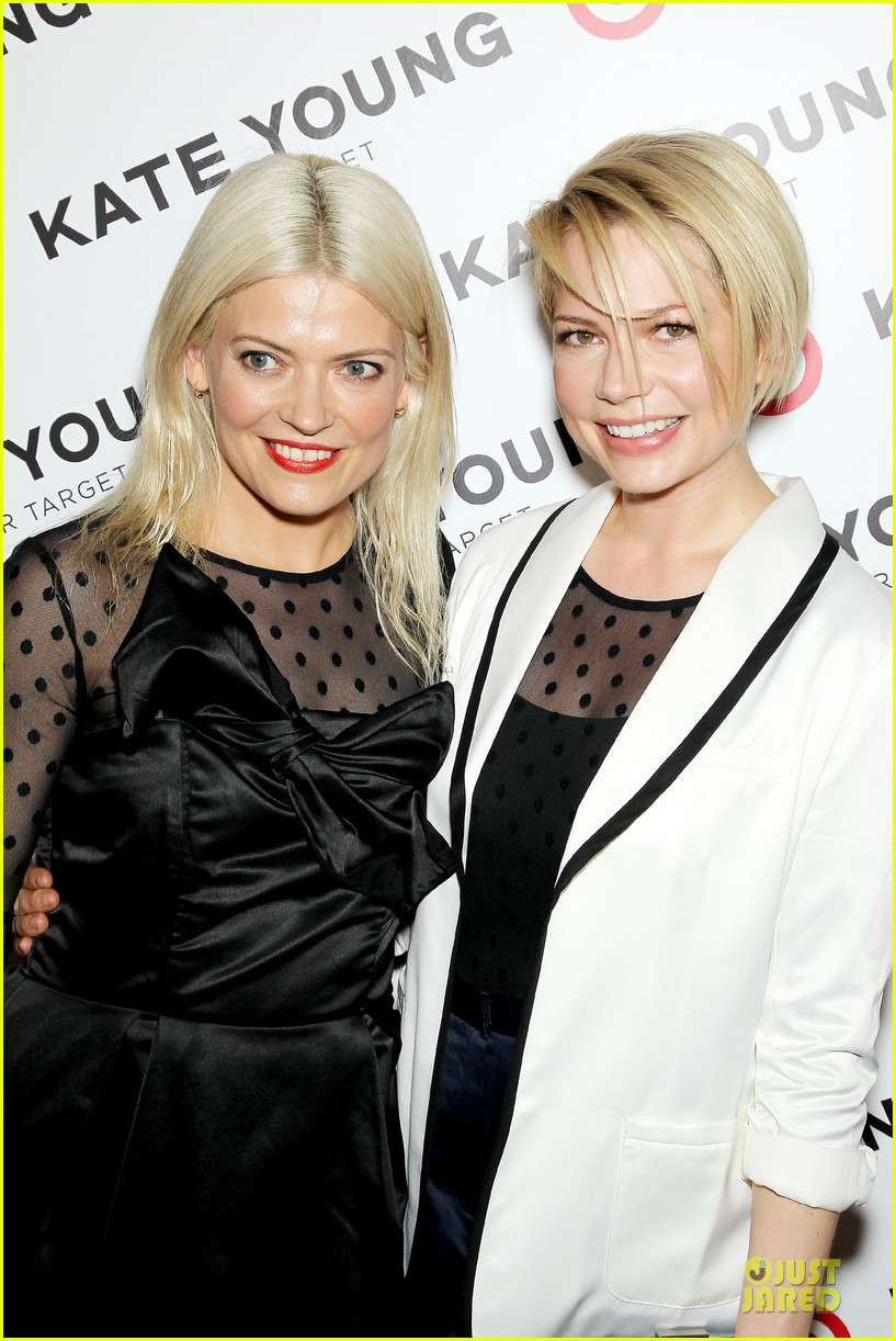 michelle williams haircut debut at kate young for target launch 042846436
