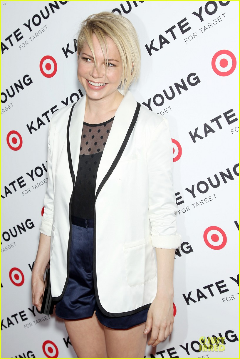 michelle williams haircut debut at kate young for target launch 072846439