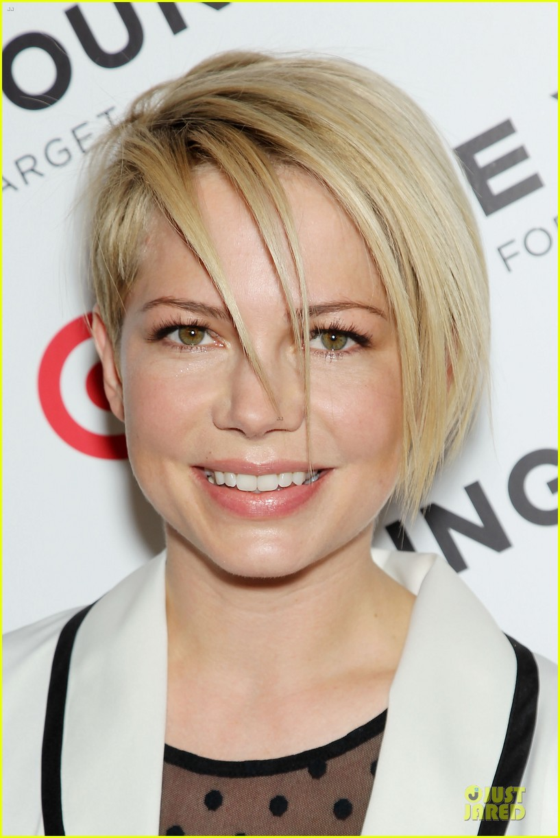 michelle williams haircut debut at kate young for target launch 132846445