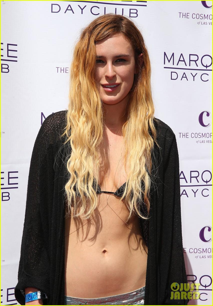 rumer willis bikini babe at marquee with jayson blair 19