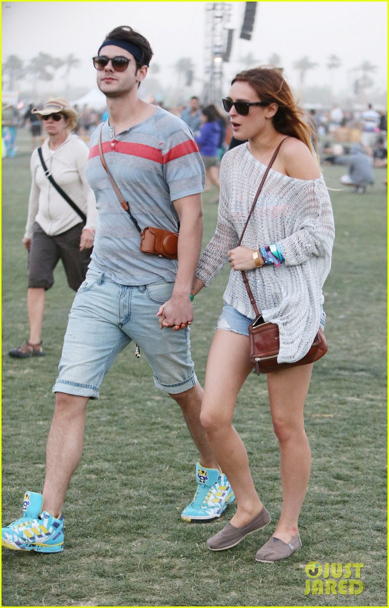 rumer willis lacoste lve pool party with jayson blair 14