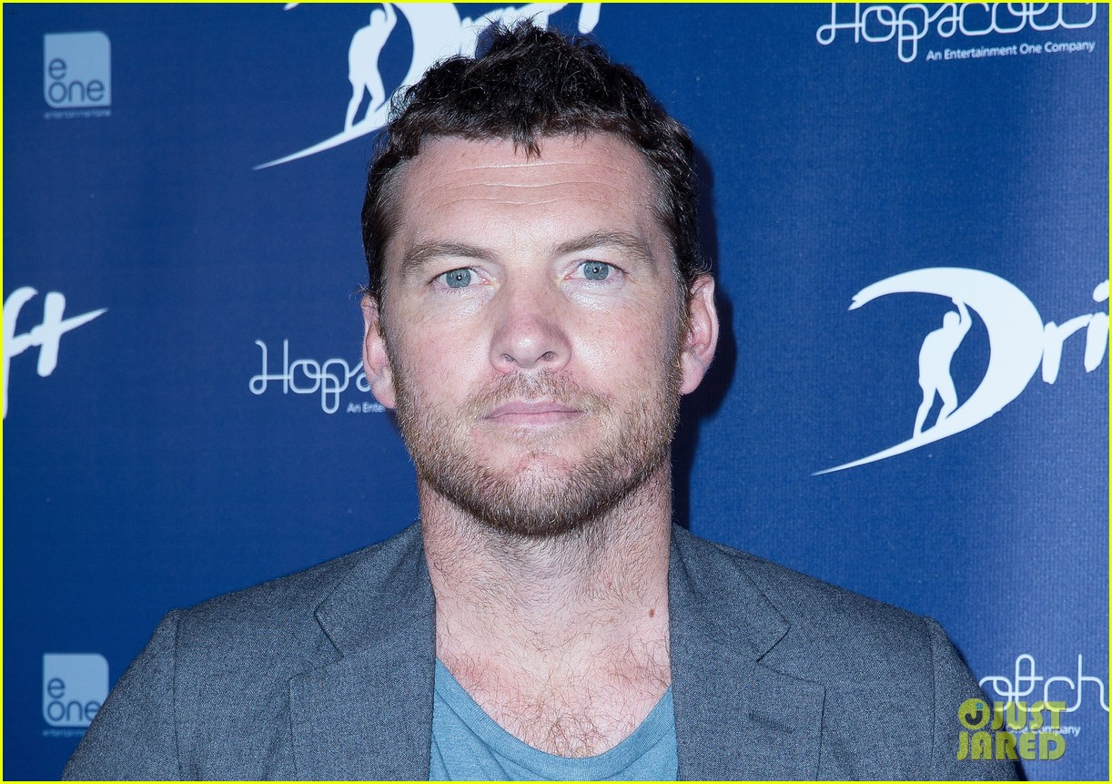sam worthington xavier samuel drift sydney photo call 032850646