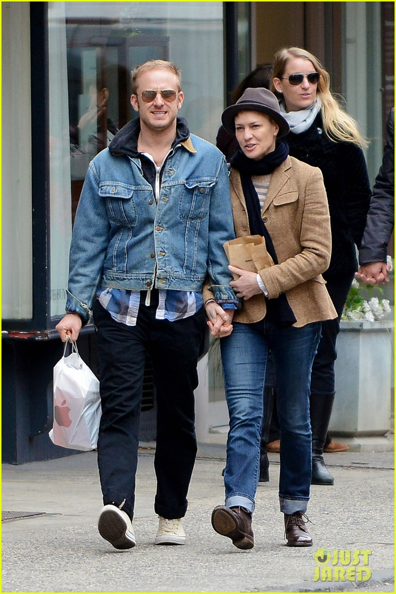 robin wright pre birthday stroll with ben foster 01