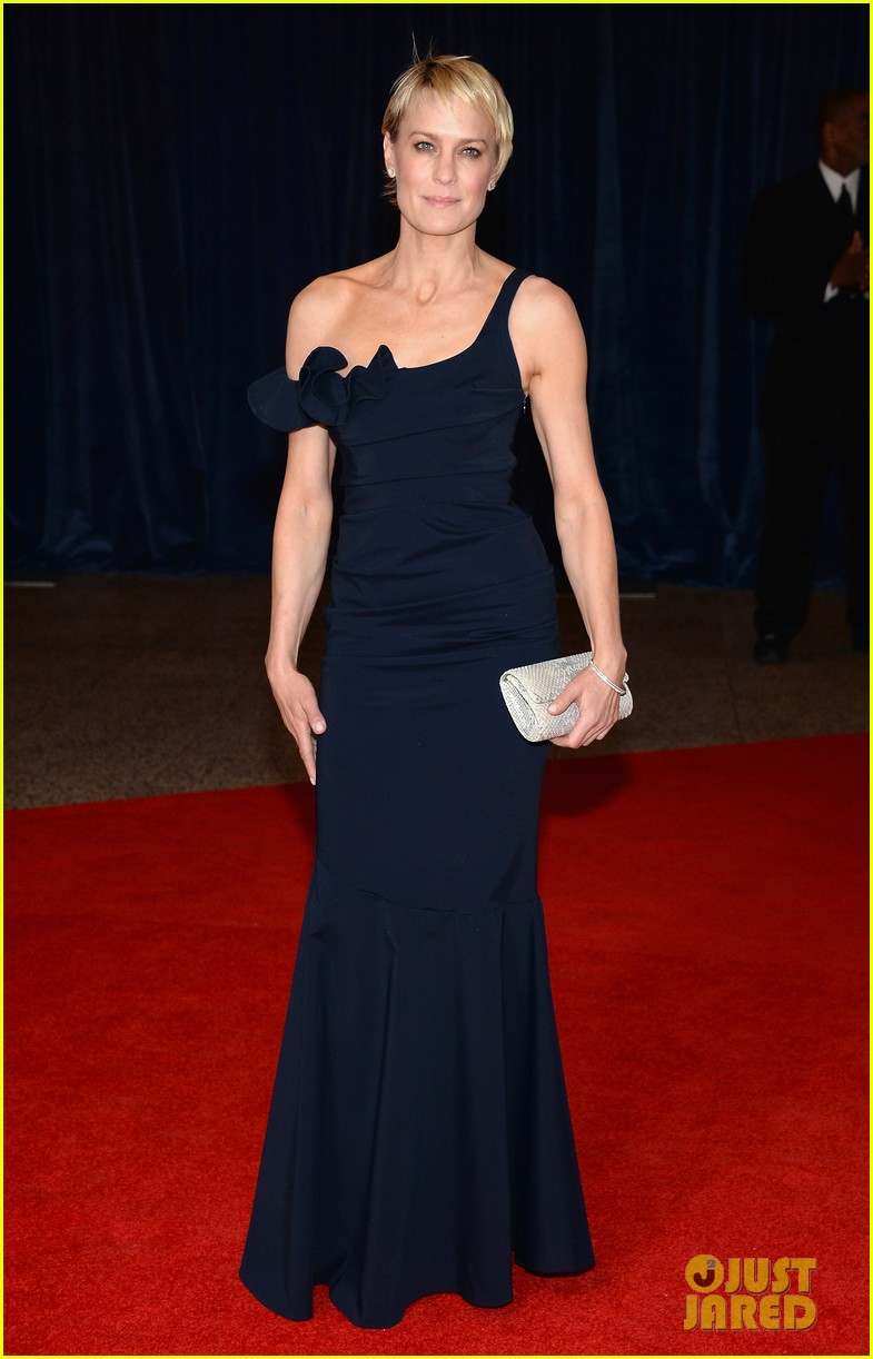 robin wright white house correspondents dinner 2013 012859637