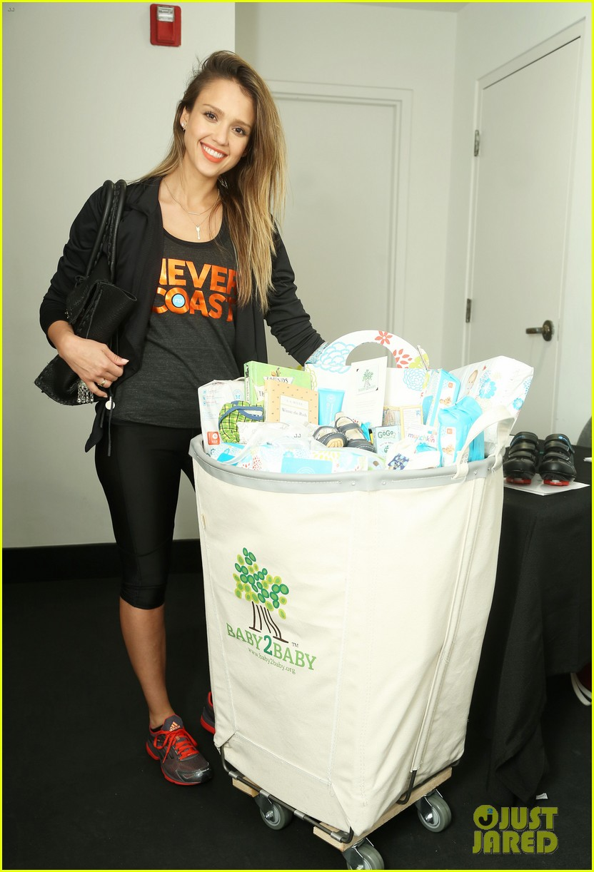 jessica alba cycling fundraiser for baby2baby 022870716