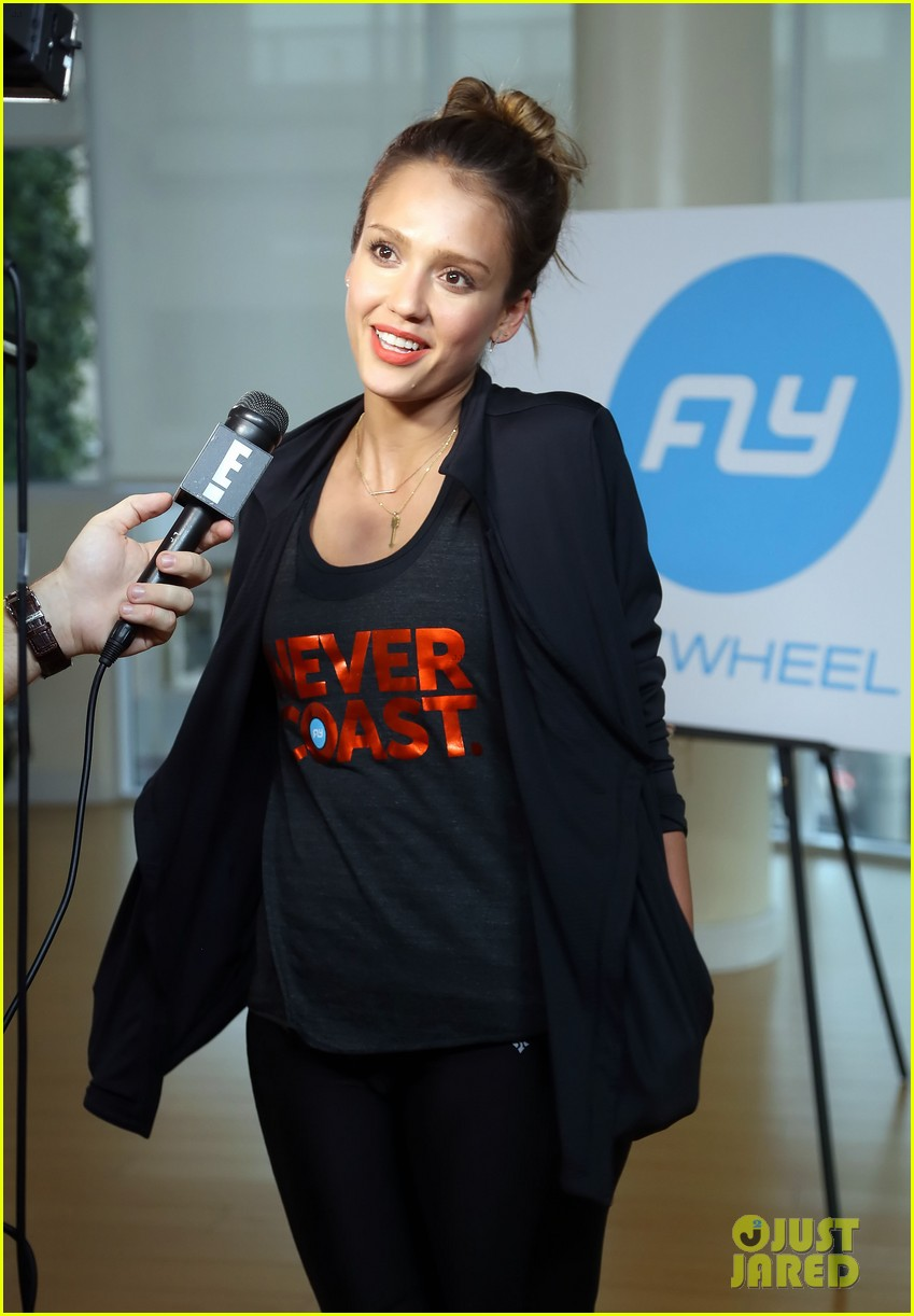 jessica alba cycling fundraiser for baby2baby 142870728