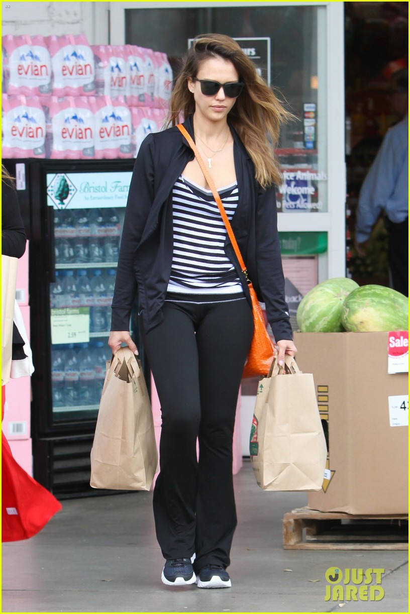 jessica alba honest life book signing in maryland 042873218