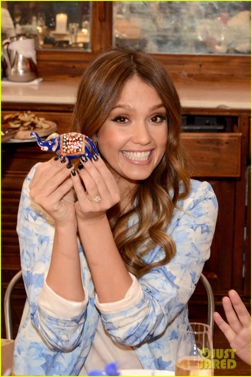 jessica alba honest companys ultimate baby shower 062866647