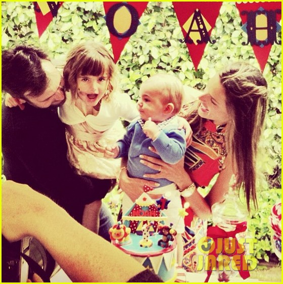 alessandra ambrosio happy first birthday noah 03