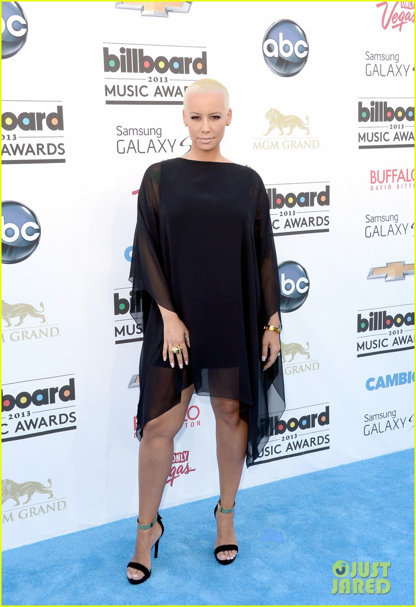 wiz khalifa amber rose billboard music awards 2013 red carpet 032873964