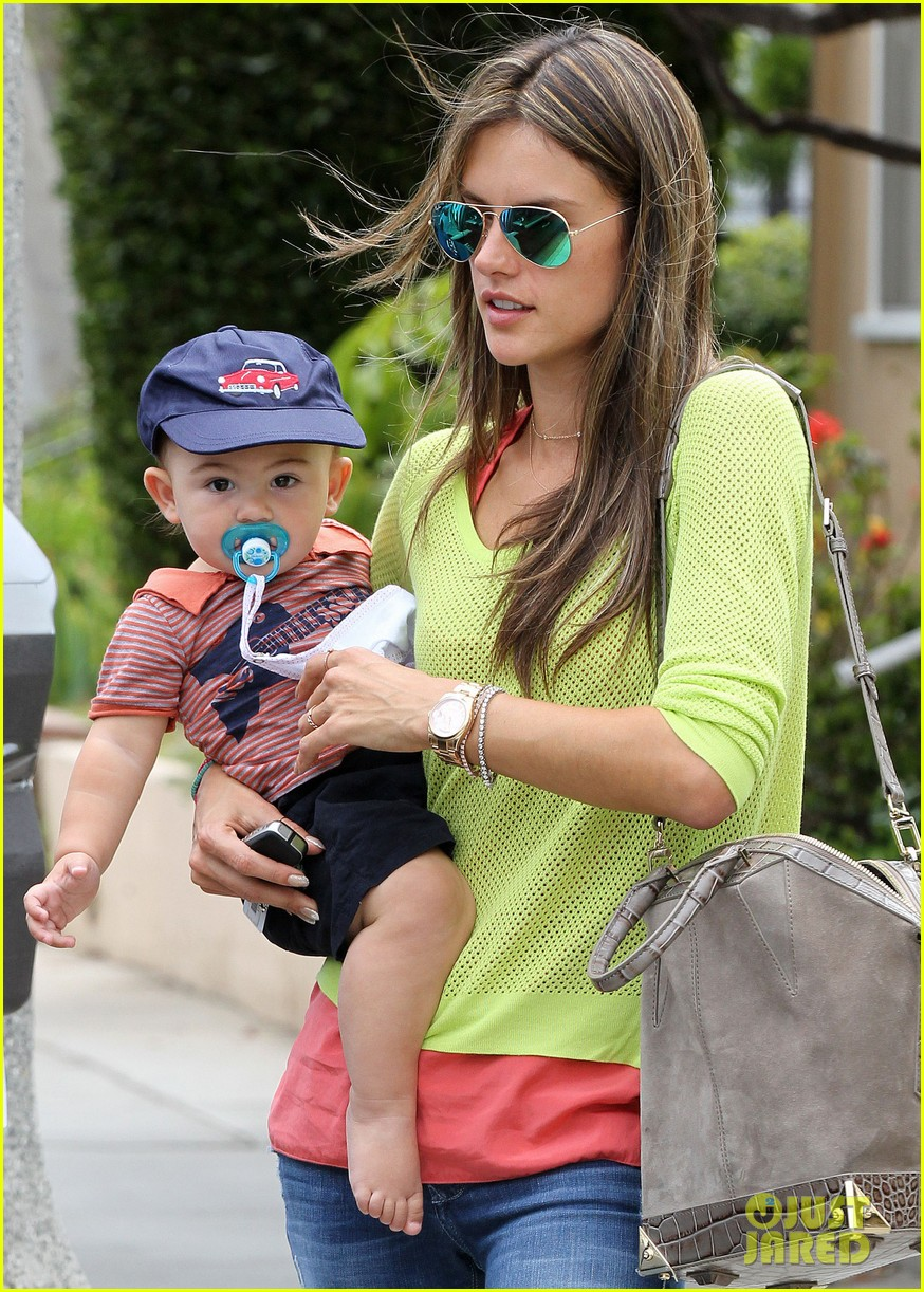 alessandra ambrosio happy early mothers day 022867920