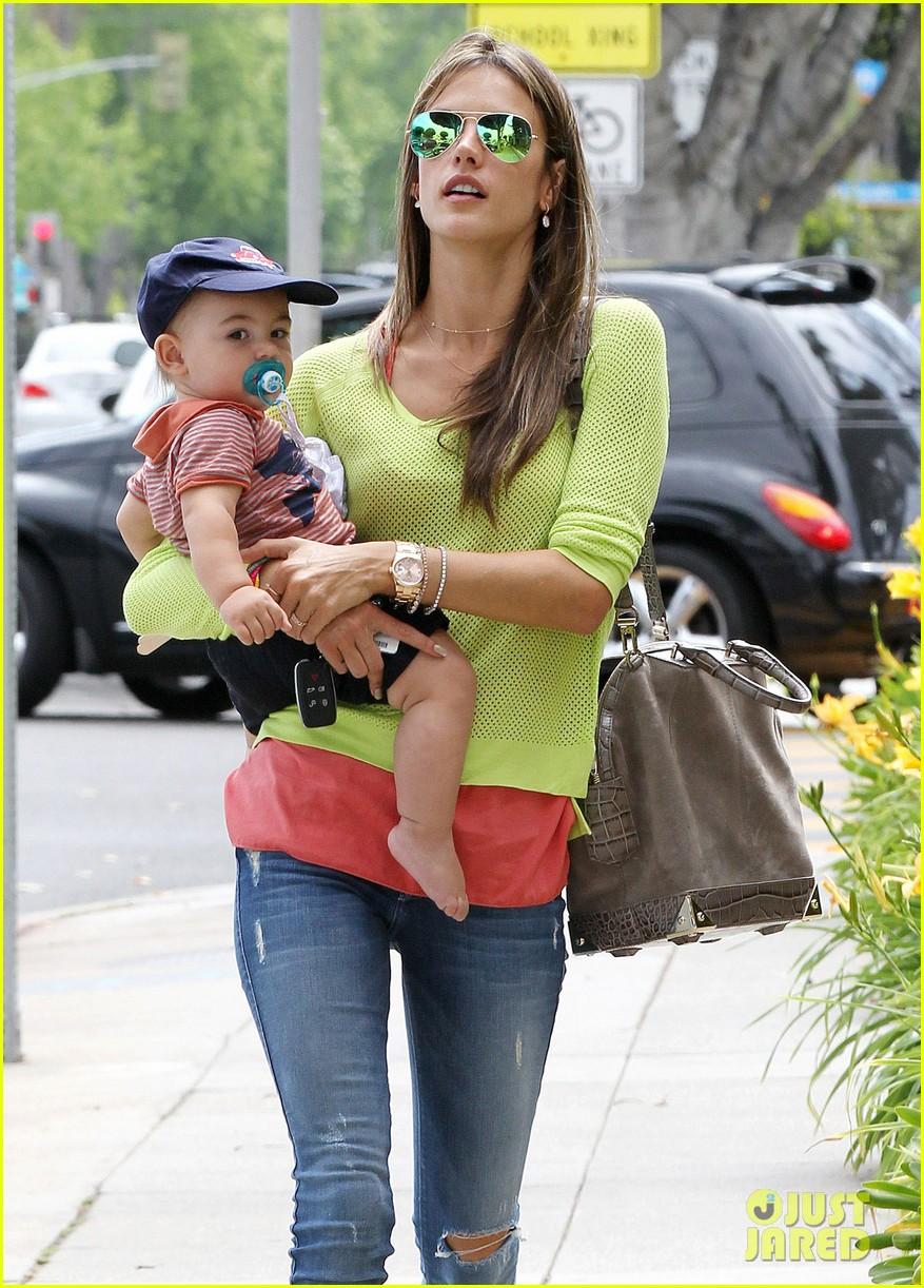 alessandra ambrosio happy early mothers day 082867926