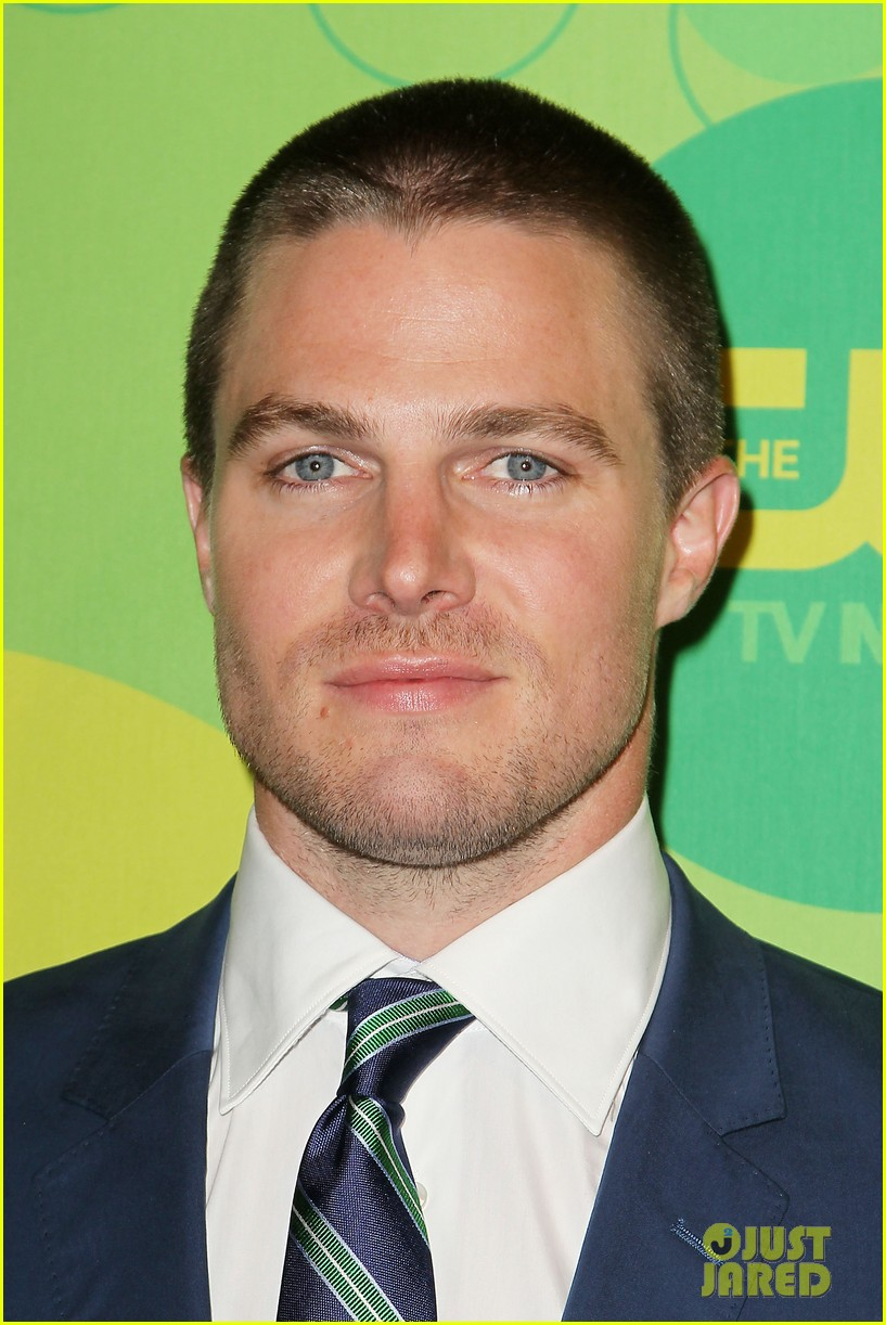stephen amell colton haynes arrow cw upfront presentation 312871804