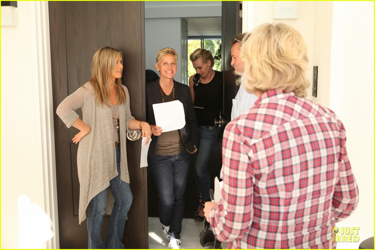 jennifer aniston friends reunion on ellen 032875845