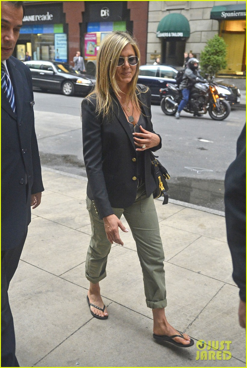 jennifer aniston talks rachel haircut 042867429
