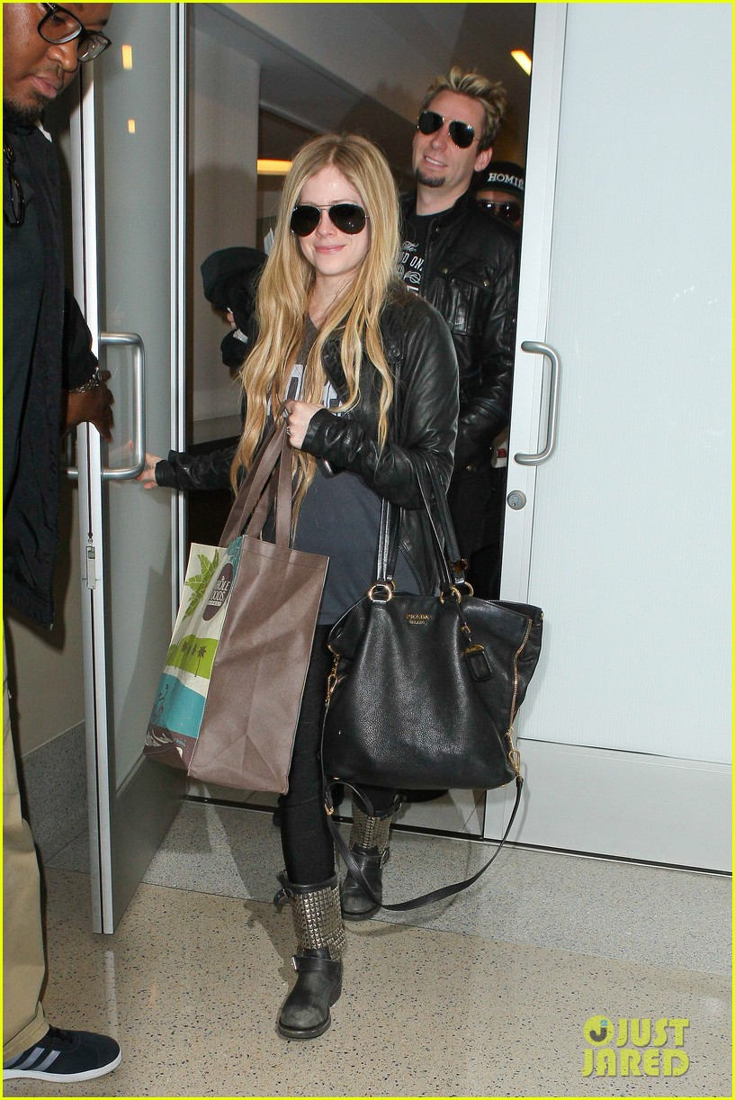 avril lavigne lax arrival after dwts performance 012871657
