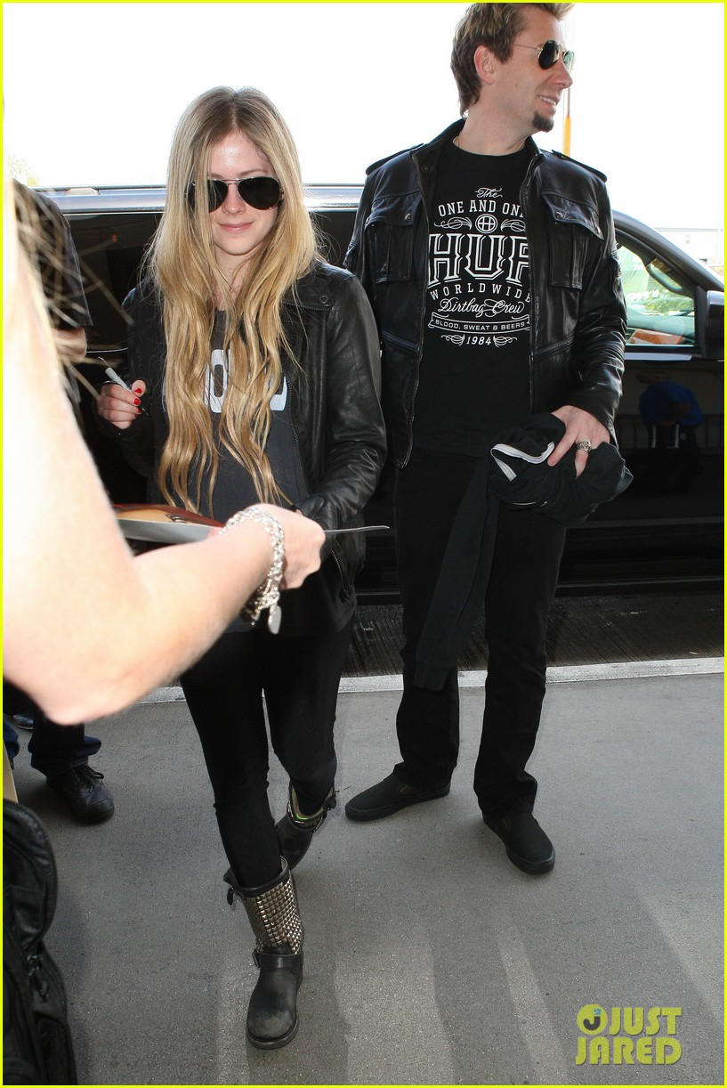 avril lavigne lax arrival after dwts performance 032871659