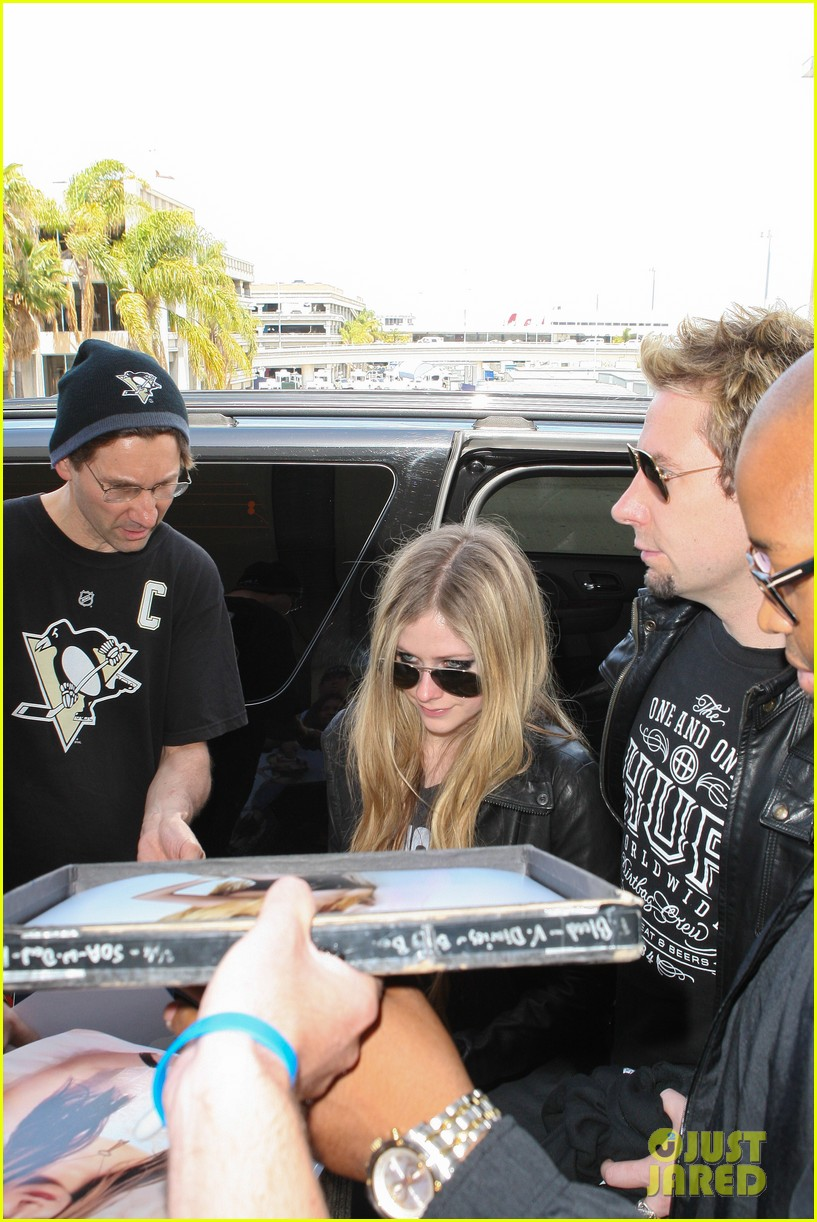 avril lavigne lax arrival after dwts performance 052871661