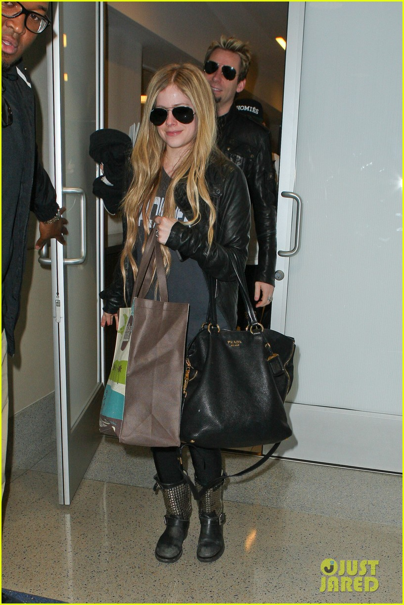 avril lavigne lax arrival after dwts performance 072871663