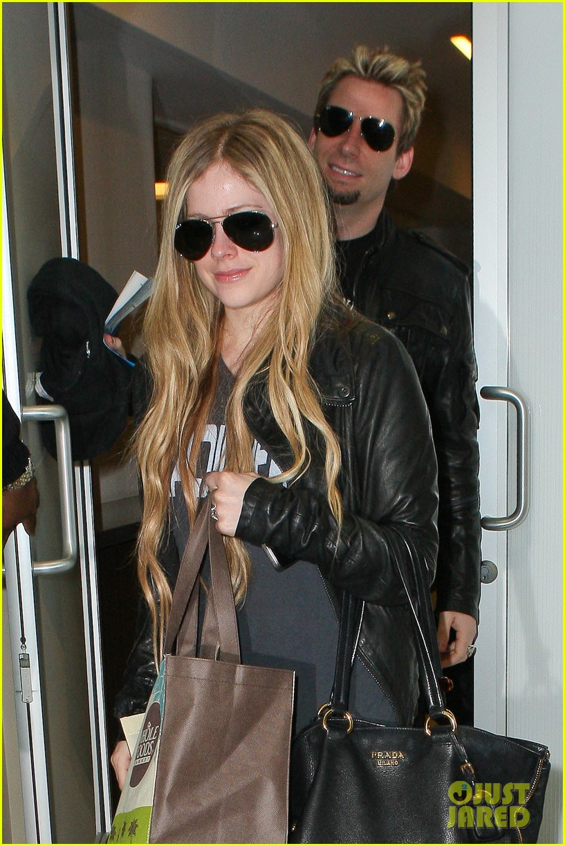 avril lavigne lax arrival after dwts performance 092871665