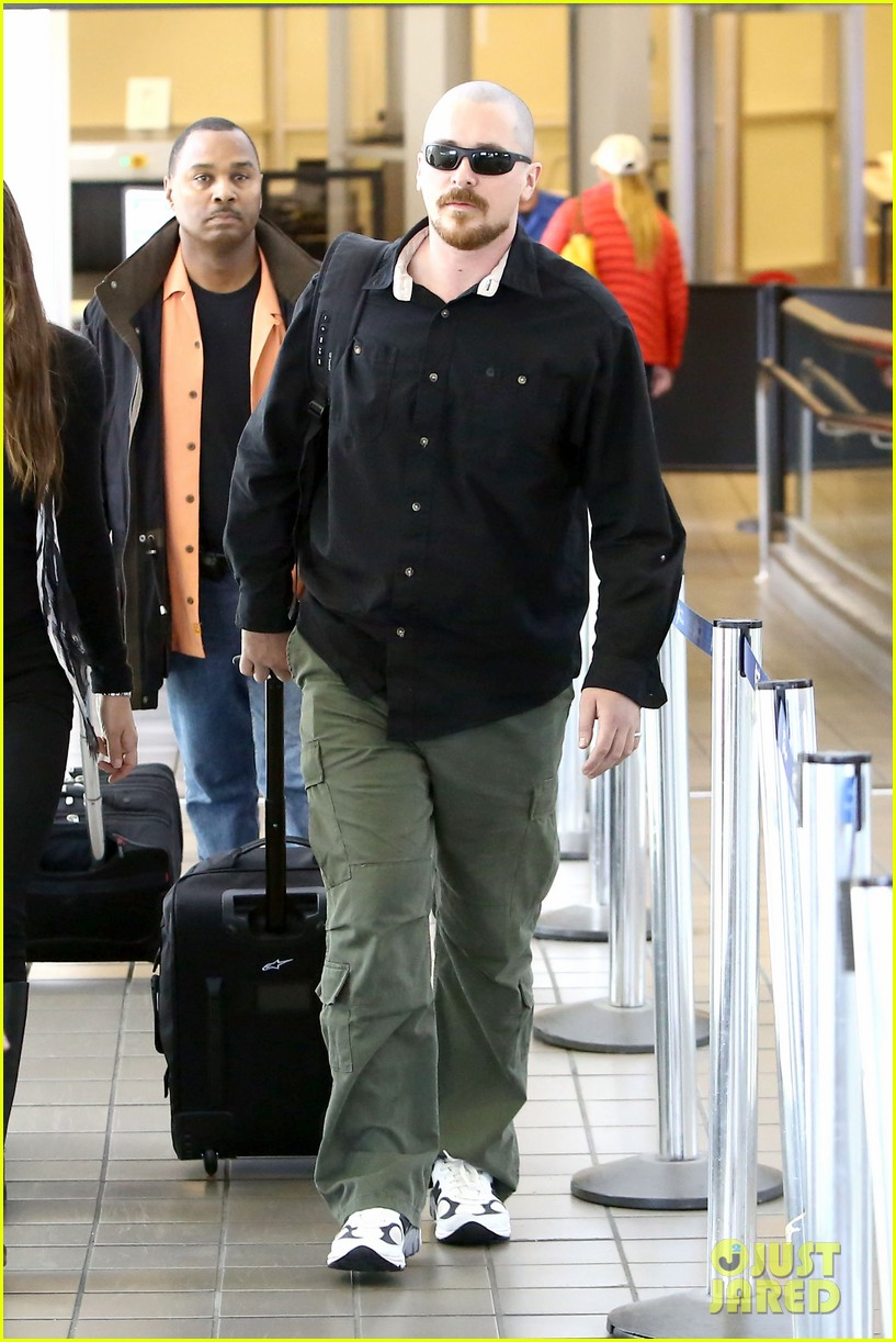 christian bale buzz cut at lax 122874436