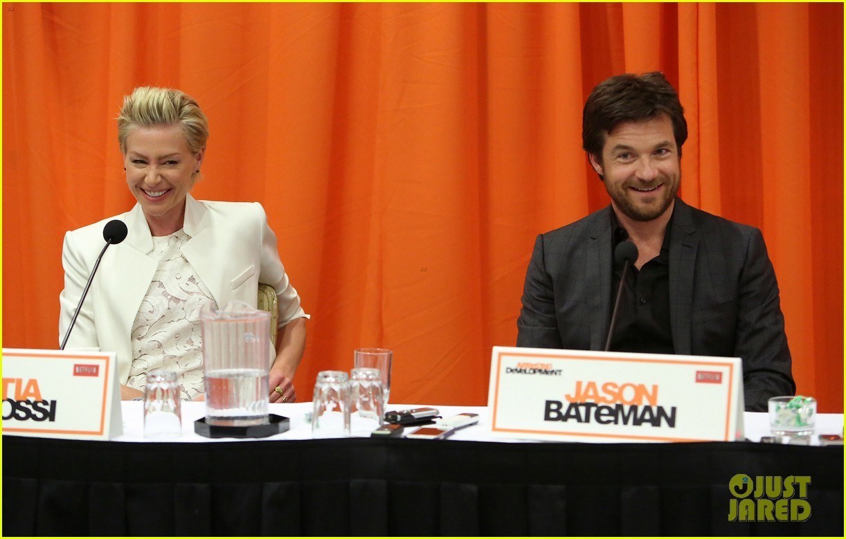 jason bateman portia de rossi arrested development press conference 142863880