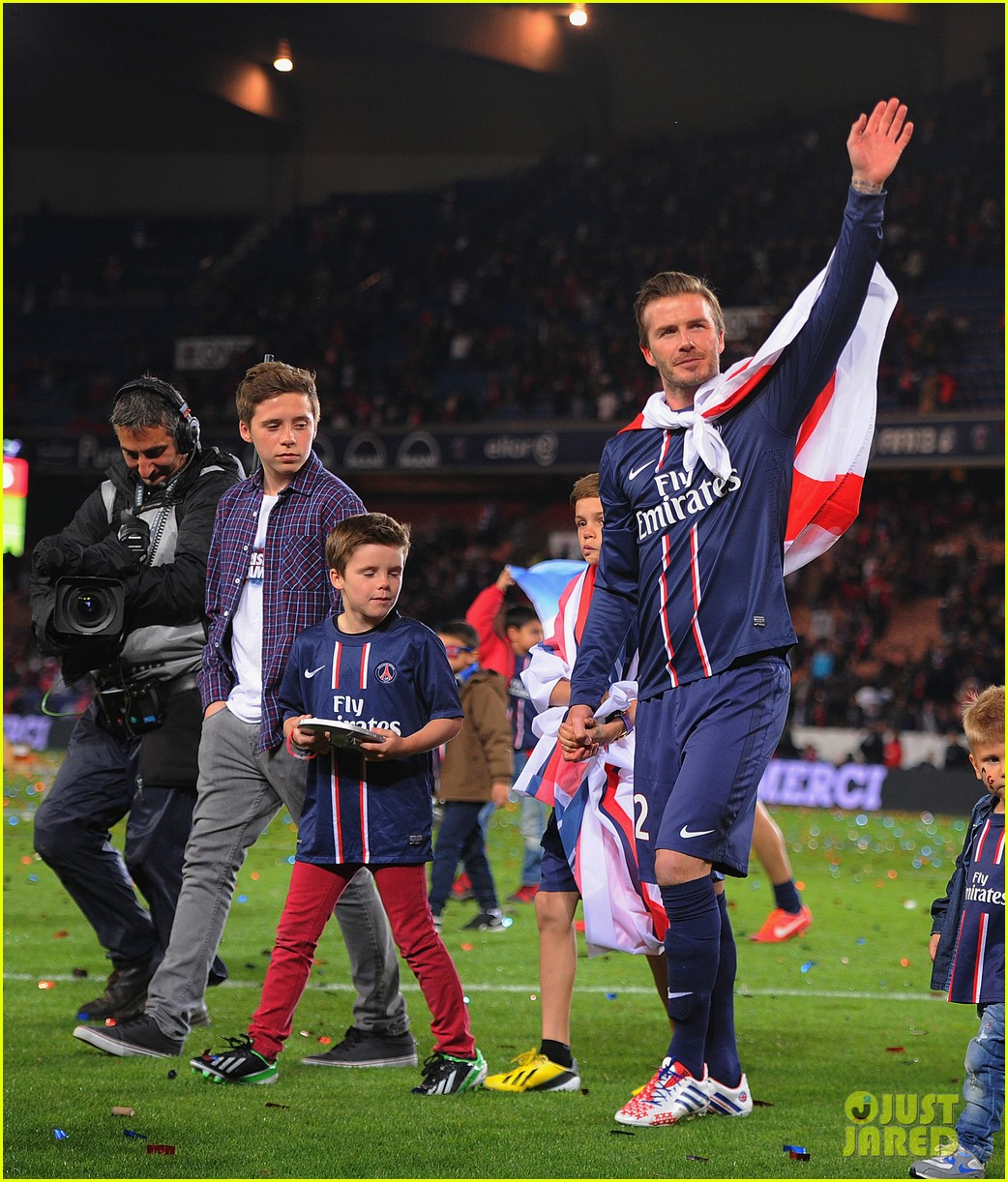 david beckham celebrates final soccer game with family 032873278