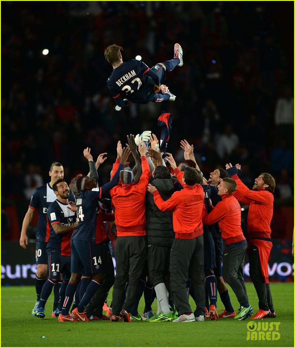 david beckham celebrates final soccer game with family 102873285