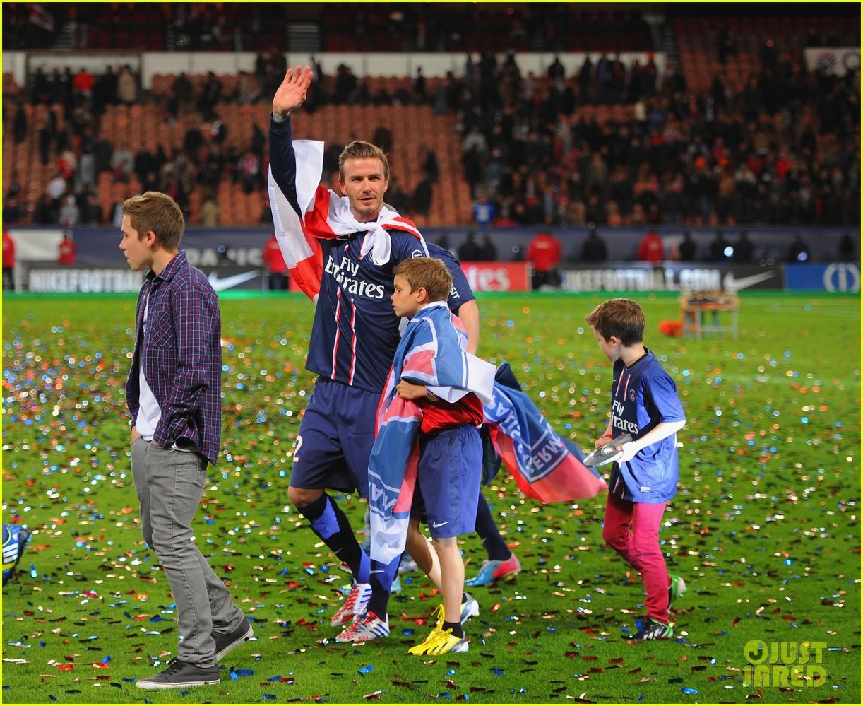 david beckham celebrates final soccer game with family 182873293