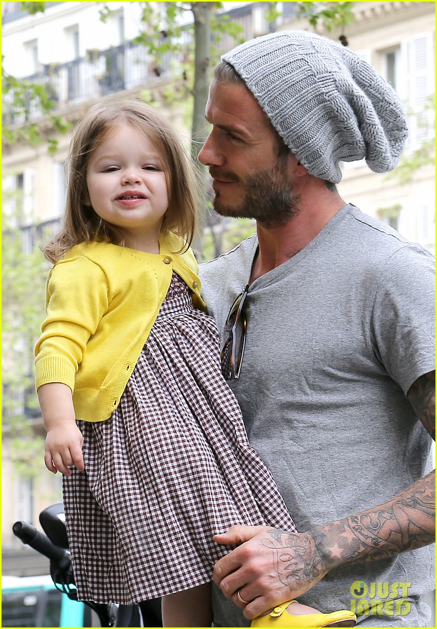 david victoria beckham shopping fun with harper 042862963