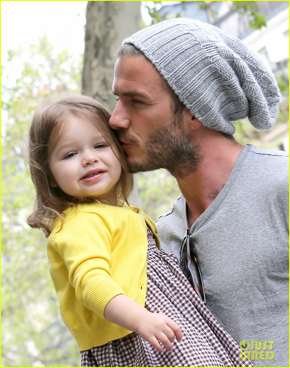 david victoria beckham shopping fun with harper 20