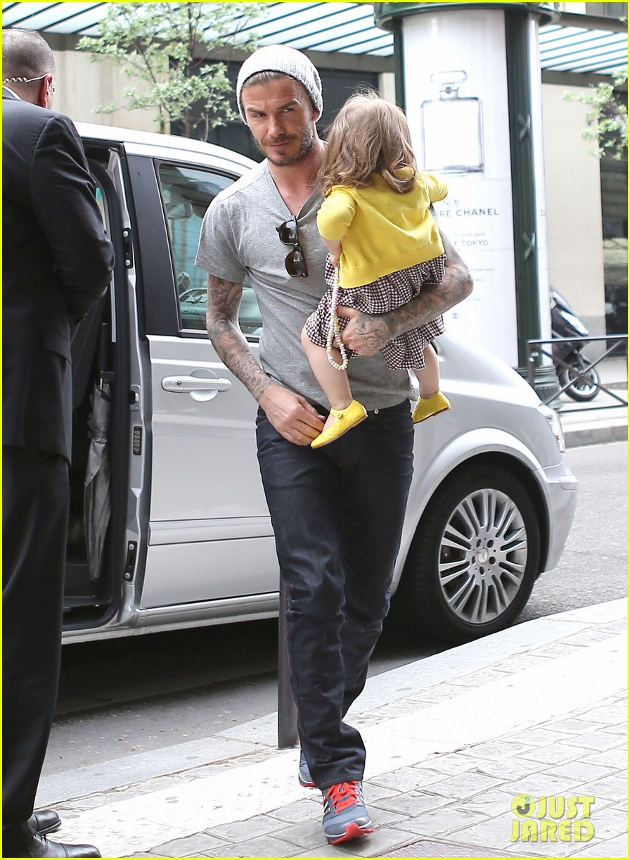 david victoria beckham shopping fun with harper 26