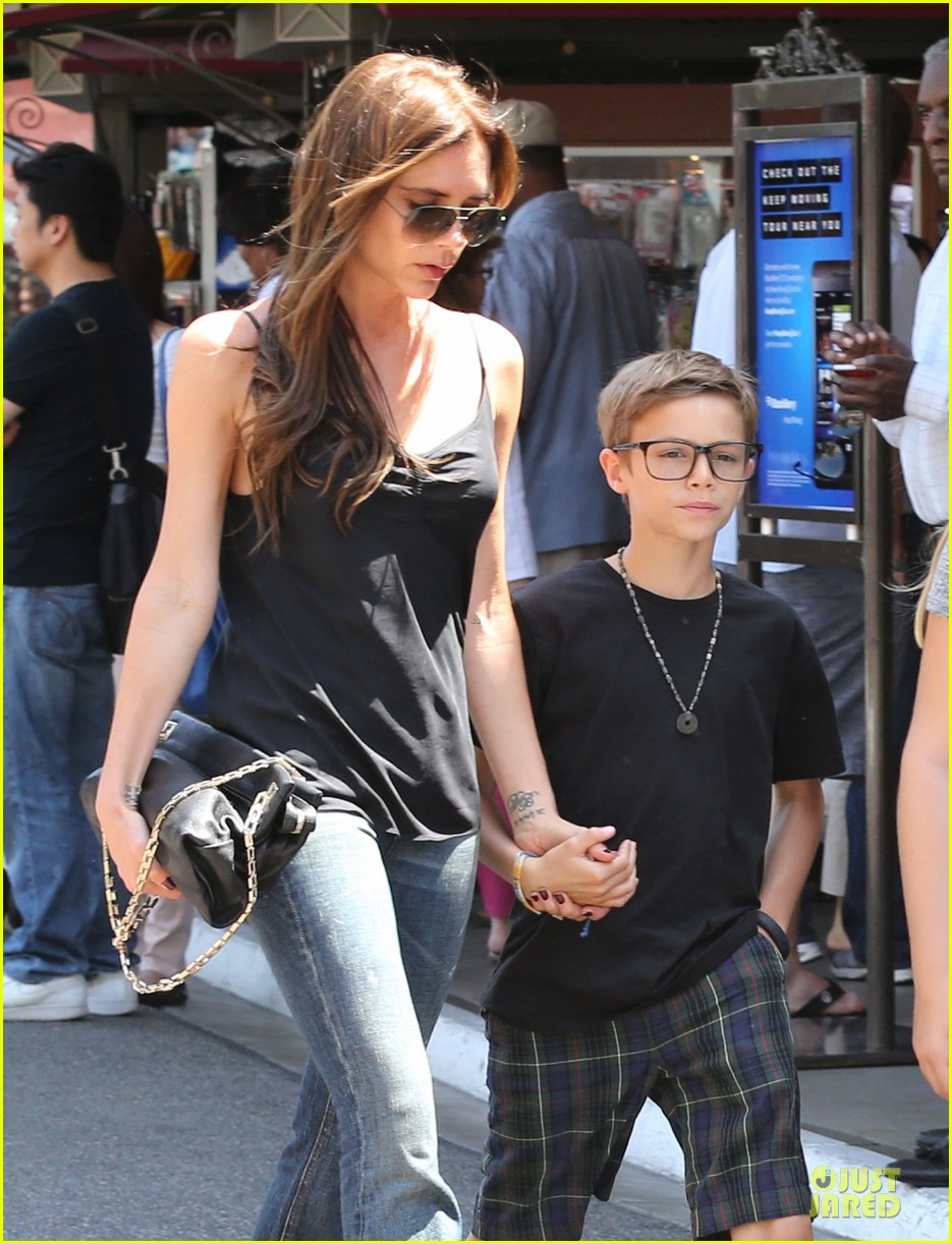 victoria david beckham separate shopping trips with the kids 242879620