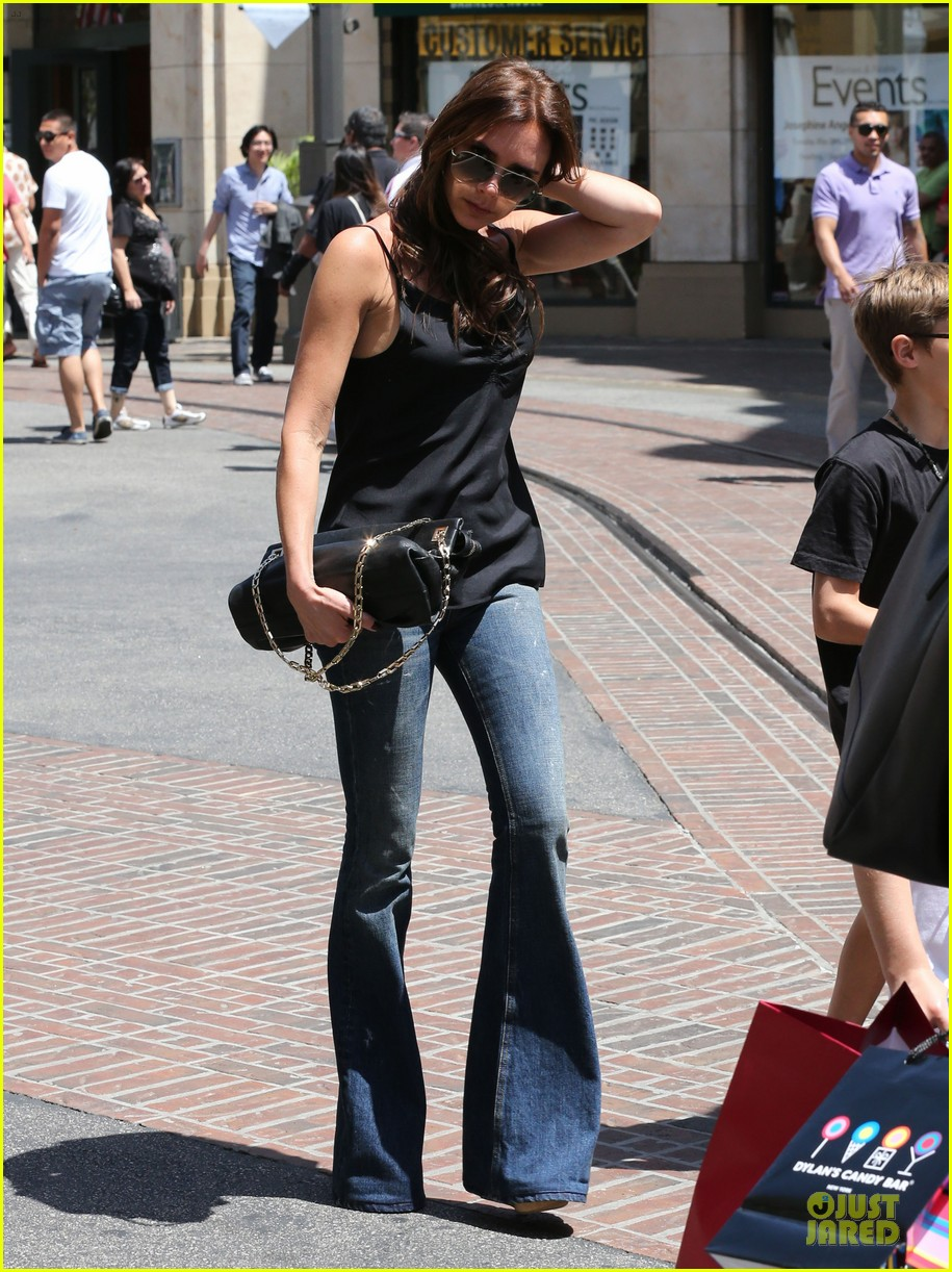 victoria david beckham separate shopping trips with the kids 272879623