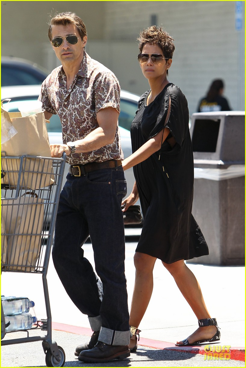 halle berry bel bambini shopping with nahla 132875049